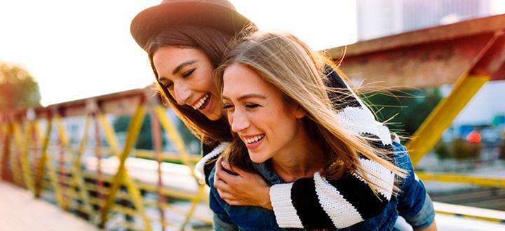 Las 30 Preguntas Más Locas Para Hacerle A Tu Mejor Amiga Métodos