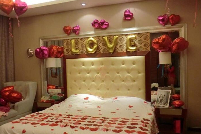 28 regalos de cumplea os para tu novio ideas que enamoran - Ideas para decorar una habitacion de cumpleanos ...