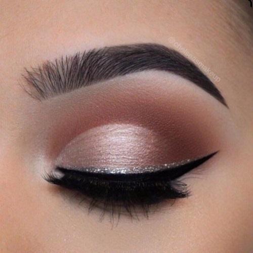 maquillaje de ojos para piel morena marrón y dorado suave