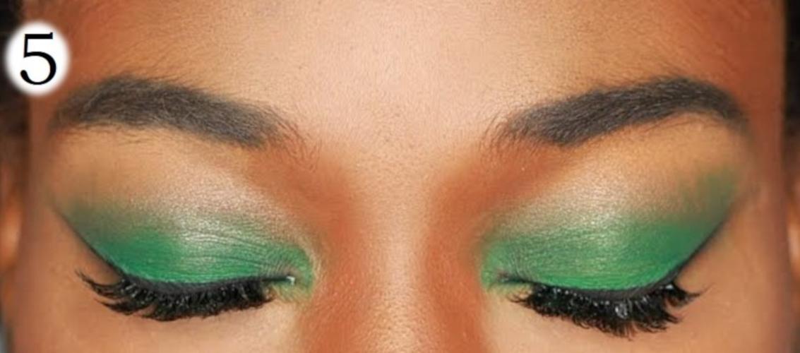 sombra de ojos para morenas verde