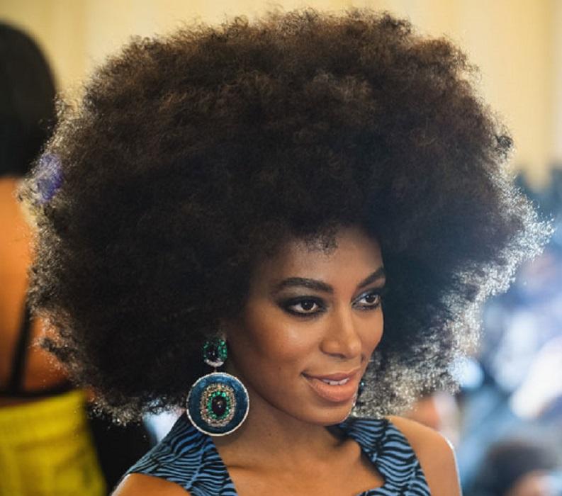 peinados fáciles y bonitos big afro