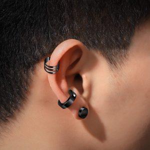 idea 3 piercing en la oreja